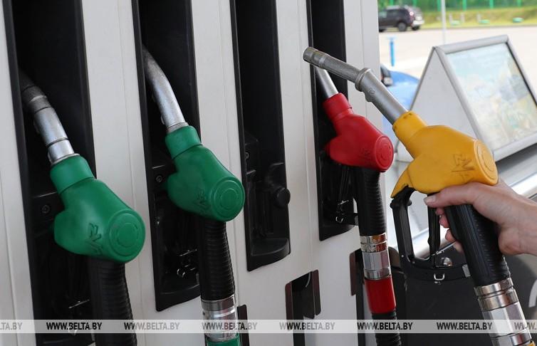 Автомобильное топливо дорожает в Беларуси на 1 копейку с 10 марта