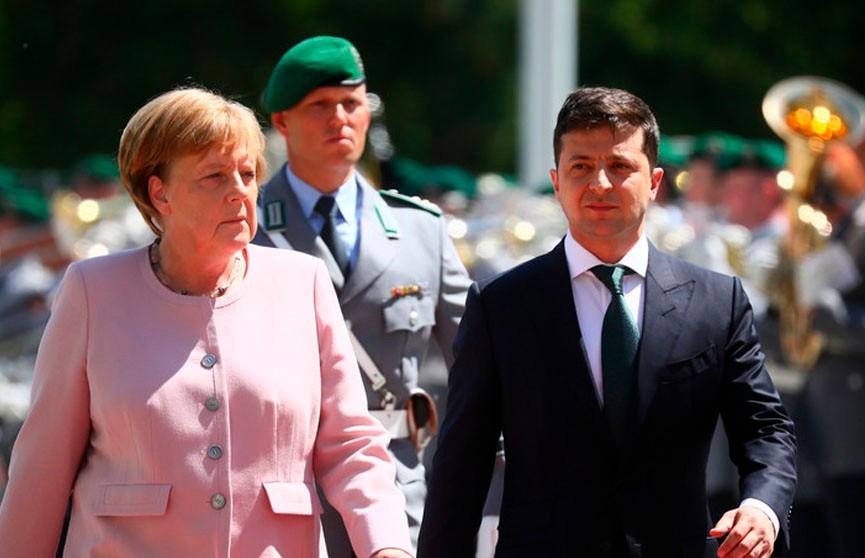 Врач объяснила, почему Меркель стало плохо на встрече с Зеленским