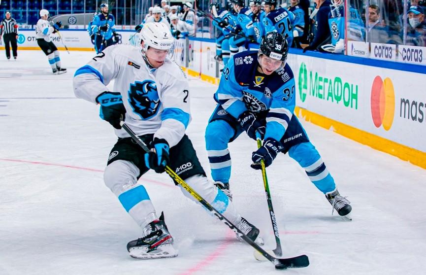 Хоккеисты минского «Динамо» разгромно обыграли «Сибирь» в КХЛ