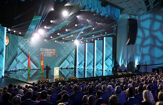 Лукашенко рассказал, где проходят все решающие сражения за нацбезопасность