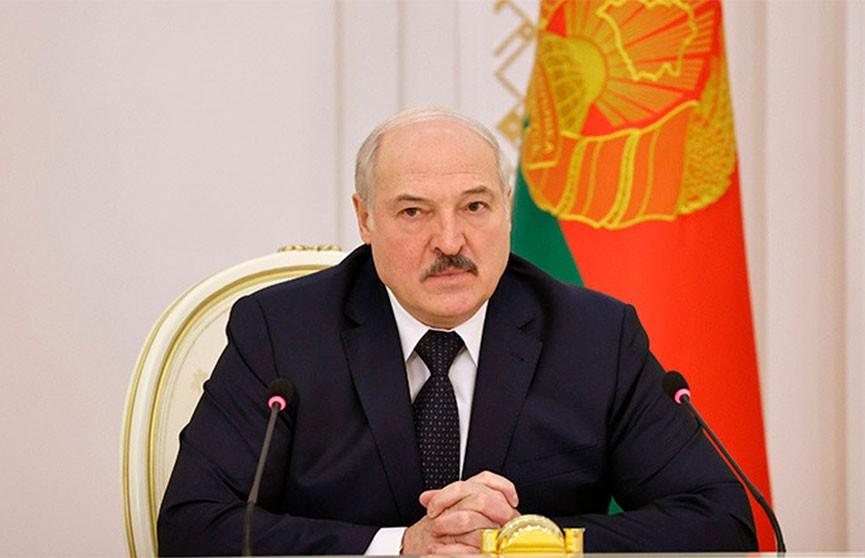 Лукашенко правительству: Внесите самые жесткие меры за нарушение законодательства по налогообложению