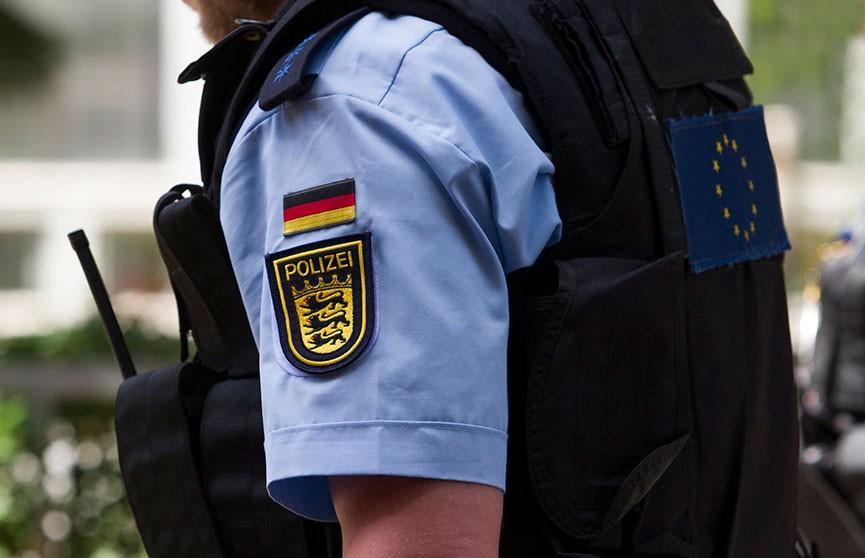 Неизвестный устроил стрельбу в кафе на юго-западе Германии: есть жертвы