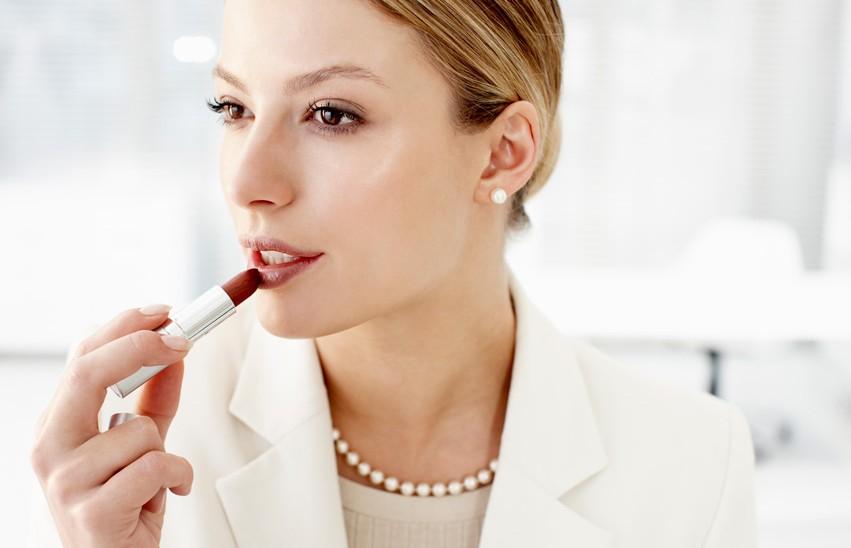 Секреты превосходного делового макияжа