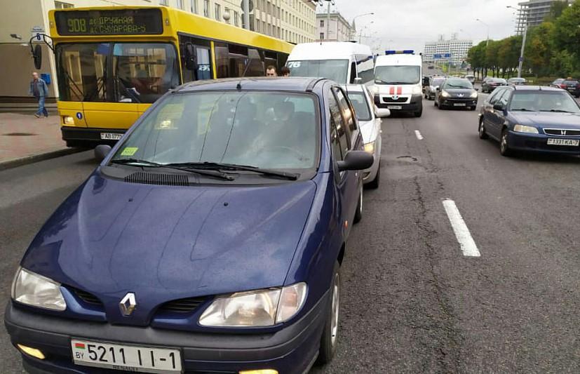 Тройное ДТП на ул. Чкалова: пострадали четверо пассажиров маршрутки
