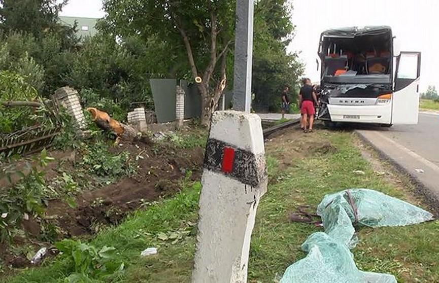Автобус с белорусскими туристами попал в ДТП в Украине