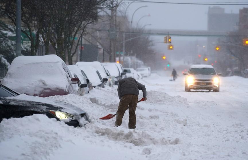 В США рекордные морозы и снегопад оставили без электричества более 4 млн человек, есть жертвы