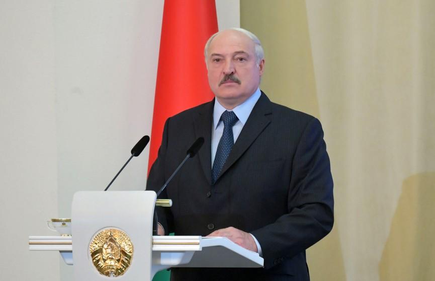 Лукашенко рассказал, как губернатор Витебской области восстанавливался после COVID-19
