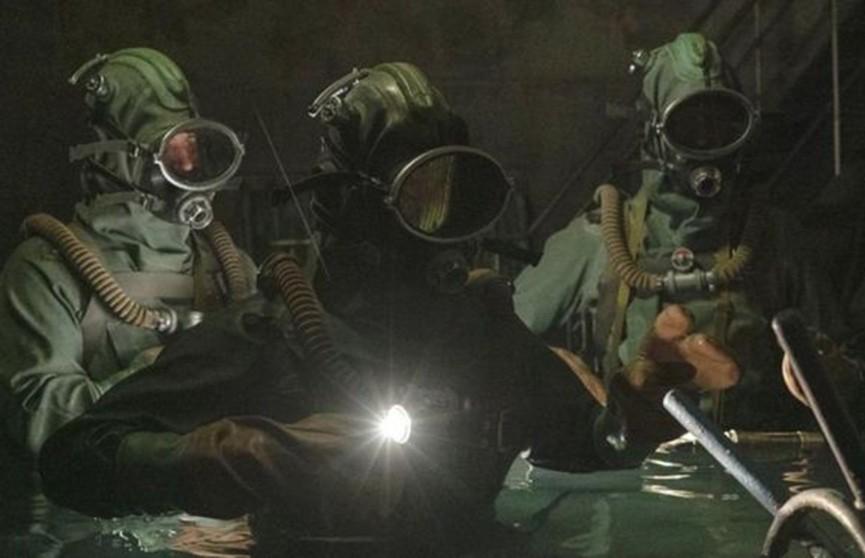 После сериала «Чернобыль» Владимир Зеленский дал звание «Героя» трём водолазам