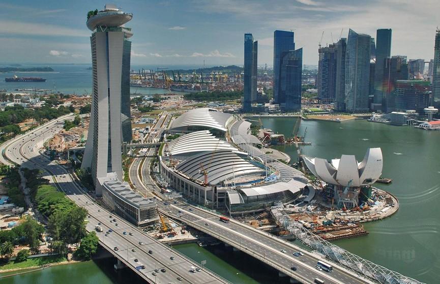 В Сингапуре зарегистрирован первый случай заражения новым штаммом COVID-19