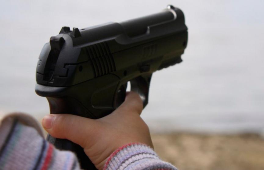 В США 4-летний мальчик убил 2-летнего брата