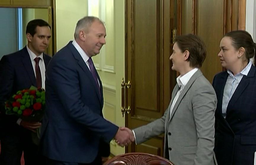 Сергей Румас встретился с главой правительства Сербии Аной Брнабич