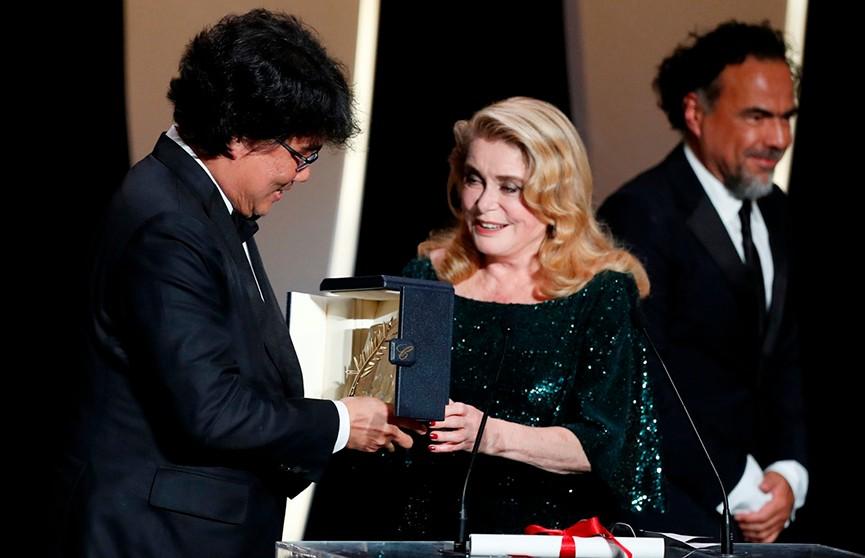 Главная награда Каннского кинофестиваля досталась южнокорейской ленте «Паразиты»
