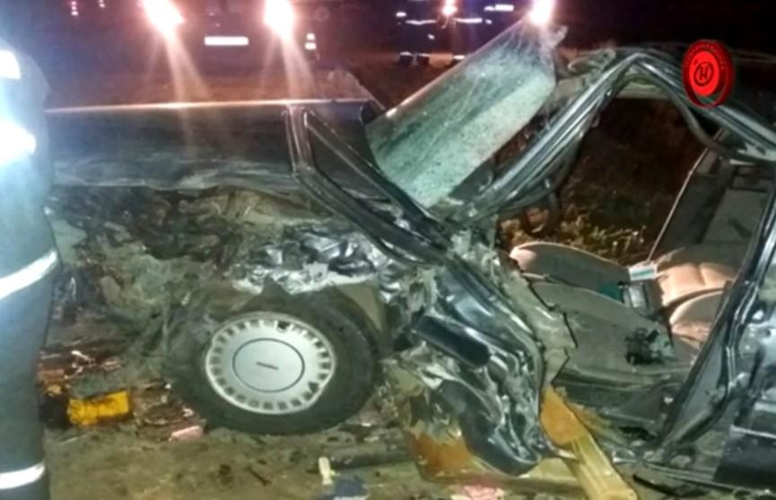 ДТП в Гомельском районе: BMW выехал на полосу встречного движения и врезался в Mazda