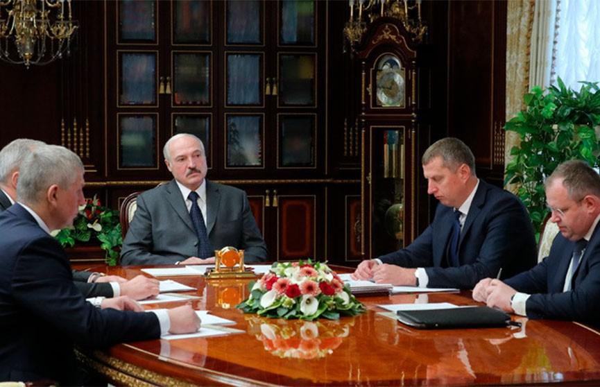 Лукашенко поддержал проект указа по зарплатам, однако сориентировал правительство на дифференцированный подход