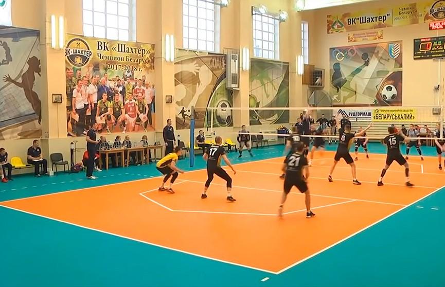 Определились финалисты 28 чемпионата страны по волейболу среди мужских команд