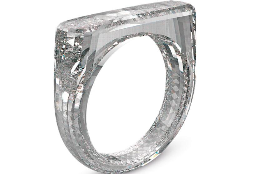 Создано первое в мире кольцо из цельного бриллианта