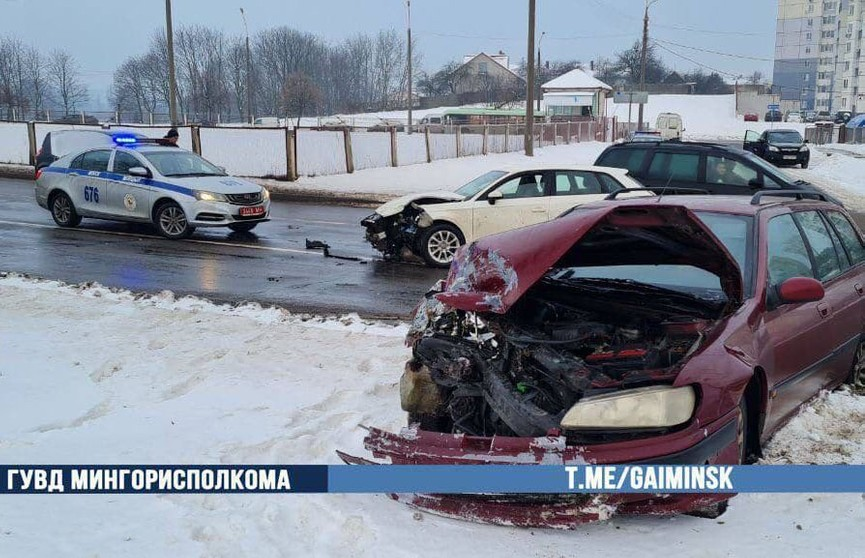 Авария на односторонней улице в Минске: водитель в больнице
