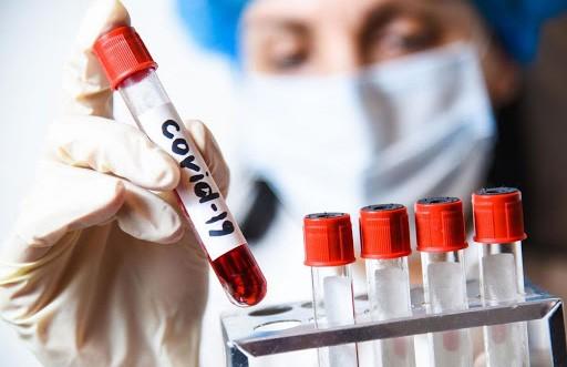 Эксперт рассказал о существовании особой группы людей, не заболевающих COVID-19