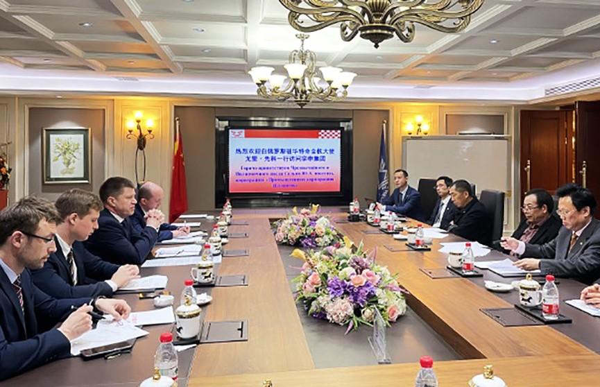 Посол Республики Беларусь в КНР Юрий Сенько посетил город Чунцин