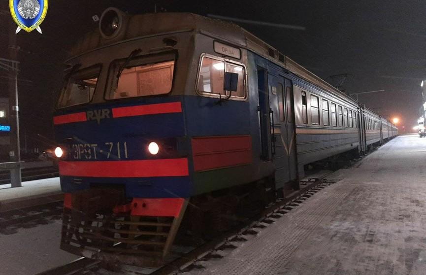 Переходила железнодорожные пути и разговаривала телефону: в Орше травмирована девушка