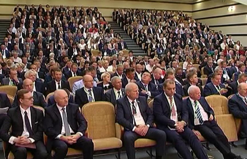 Бизнес-форум «Еврорегион «Неман»: в первые часы форума стороны заключили инвестиционные соглашения на сто миллионов долларов