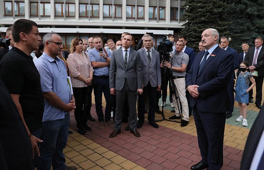 Лукашенко: Референдум по аккумуляторному заводу в Бресте проведем!