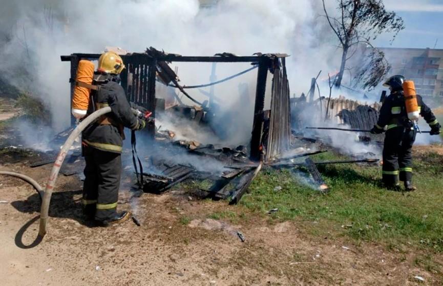 Сараи сгорели на пожаре в Полоцке, возможно, был поджог