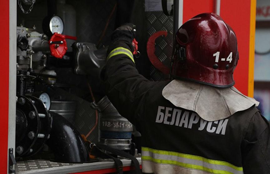 На пожаре в Зельвенском районе спасена женщина