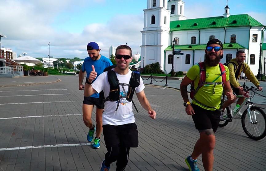 250 км бегом: Джаред Голдман из Минска отправился в Лунинецкий район
