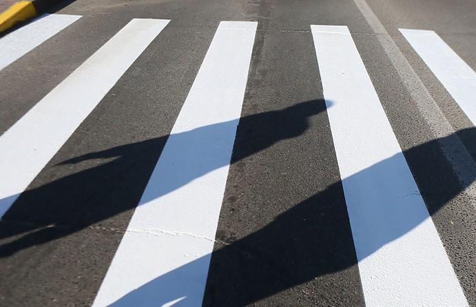 Автомобиль сбил ребенка на пешеходном переходе в Минске