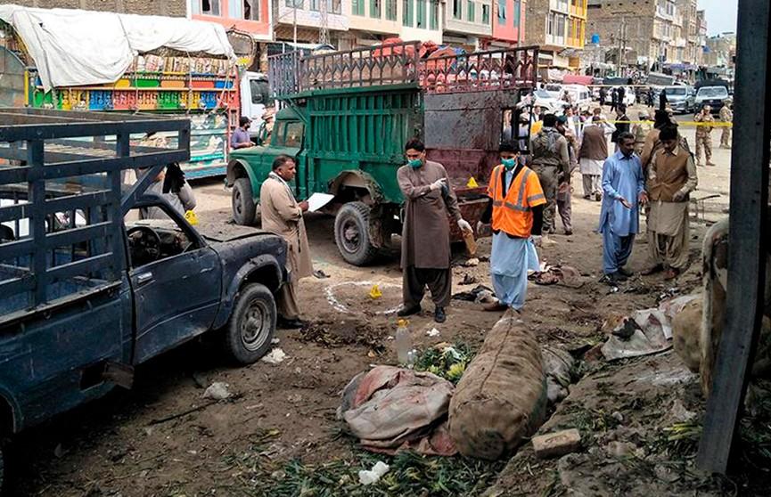 Утренний взрыв в Пакистане, жертвами стали около 16 человек