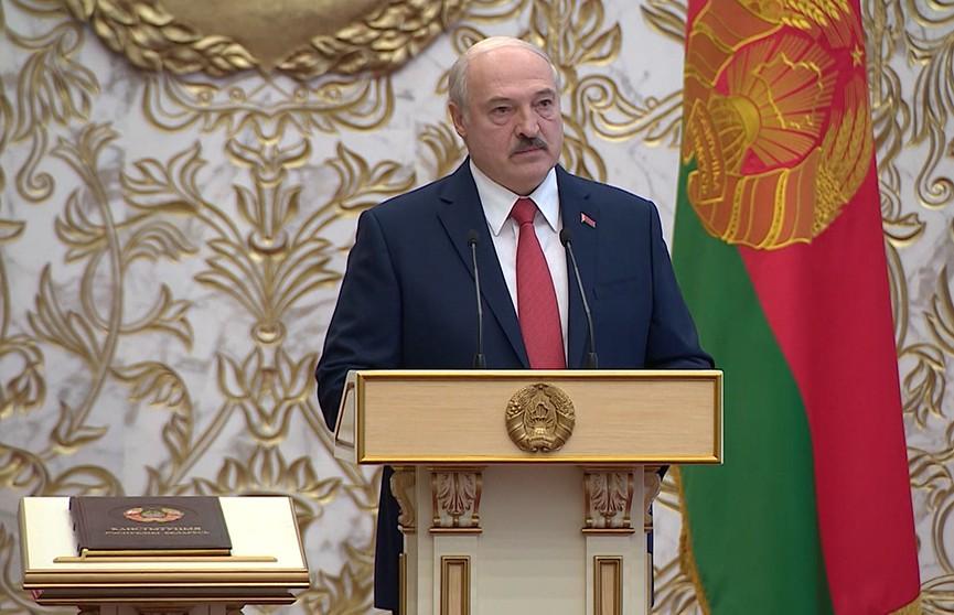 Лукашенко: Божьим промыслом народ Беларуси обрел свою независимость