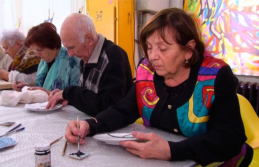Арт-фестиваль для старшего поколения прошёл в Минске