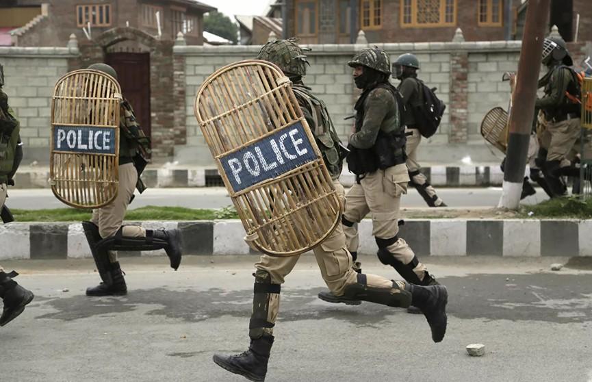 Полиция застрелила самого разыскиваемого преступника в Индии
