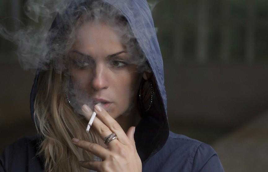 Стало известно, как протекает коронавирус у курильщиков