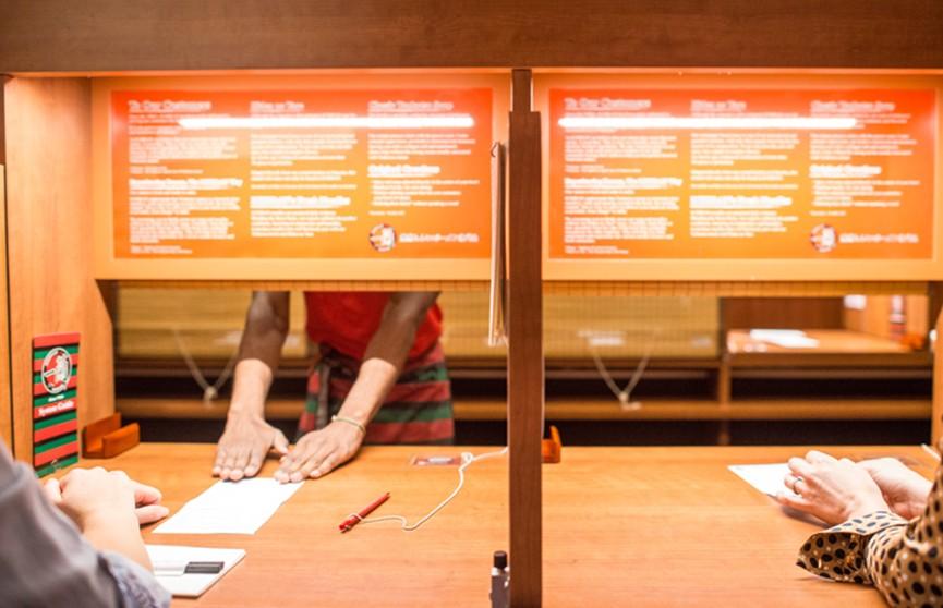 Ресторан для интровертов открыли в Нью-Йорке