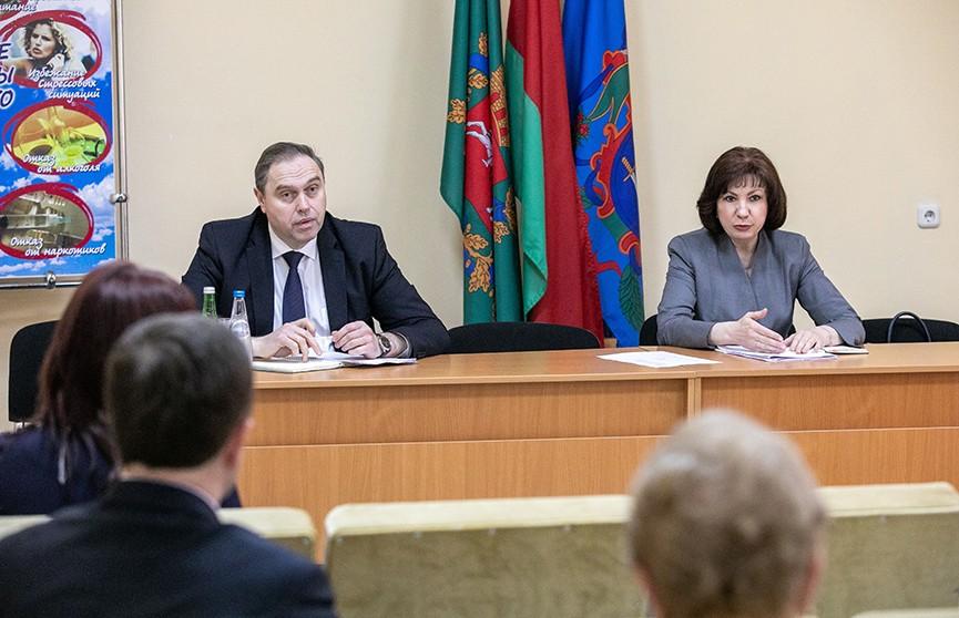 Наталья Кочанова и Владимир Караник провели встречу с медиками в Витебске