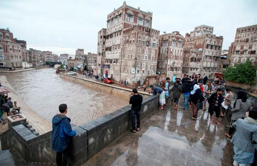 17 человек стали жертвами наводнения в Йемене