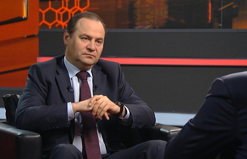 Роман Головченко прокомментировал оказание финансовой помощи из ЕС протестующим в Беларуси
