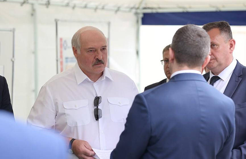 «Провалили! Кто ответит головой?» Лукашенко проинспектировал работу Оршанского мясоконсервного комбината
