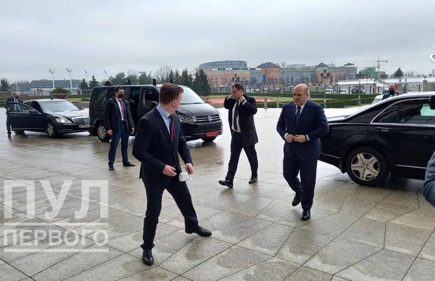 Лукашенко и Мишустин обсуждают углубление интеграции на встрече в Минске