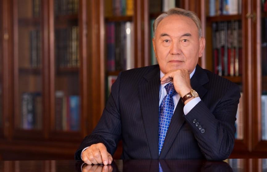 Нурсултан Назарбаев снял клип на песню собственного сочинения (ВИДЕО)
