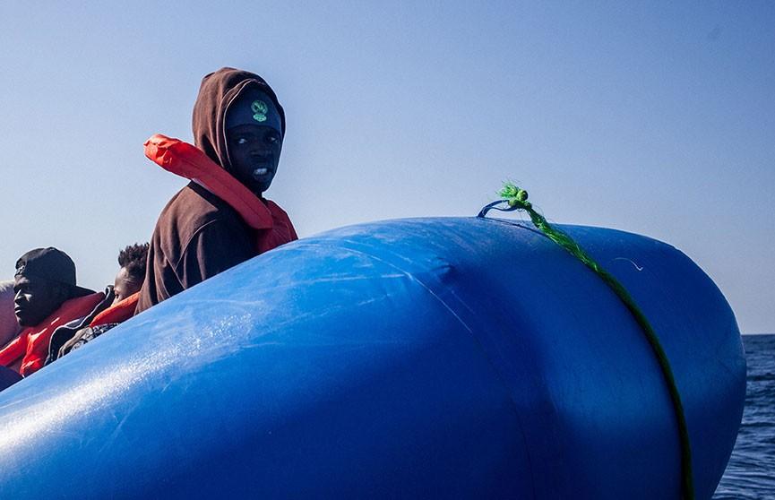 Кораблекрушение у берегов Италии: погибли нелегальные мигранты