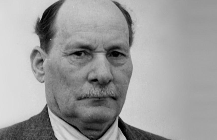 День памяти Якуба Коласа: на могиле Песняра в Минске собрались его потомки