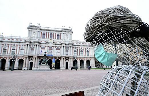 Италия не станет открывать границы для туристов до конца года