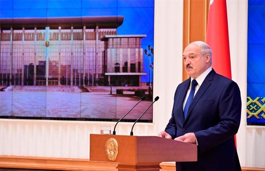 Лукашенко провел встречу с политическим активом в Минске