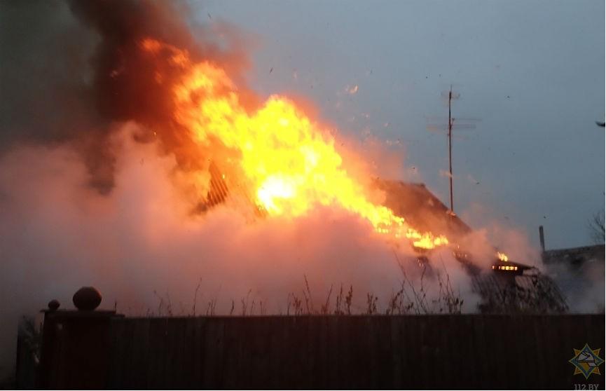 На пожаре в Речице спасен 50-летний мужчина