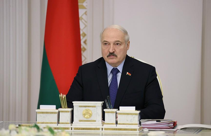 Лукашенко: Семейный капитал – это железно. Что предлагали по социально-экономическому блоку на совещании у Президента?