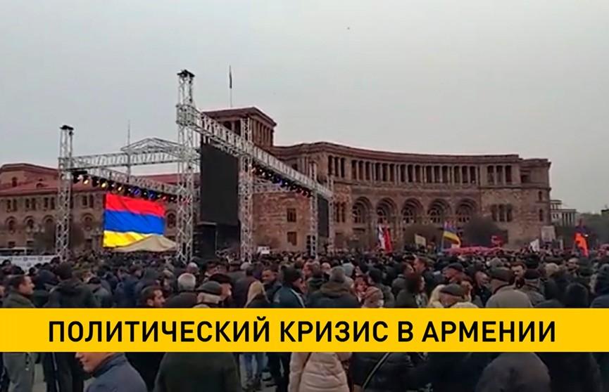 Никол Пашинян предложил провести в Армении референдум
