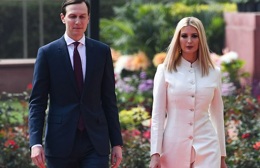 Иванка Трамп ошеломила публику стильным нарядом во время визита в Индию